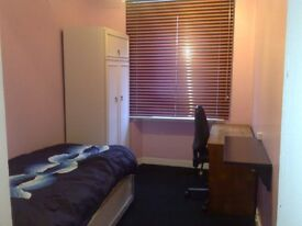 £250/month all inclusive room near Aberdeen university and King street.