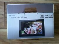 alba 7 inch digital photo frame - BRAND NEW (unwanted gift)