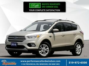 2017 Ford Escape SE **Ecoboost, one owner***
