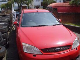 Mondeo V6 Bright Red