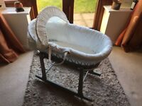 0 - 6 months Moses Basket in Excellent Condition