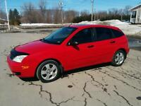 Ford Focus ZX5 2005 Roues d'hiver incluses