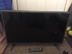 """LG 32"""" tv. Spares or repair"""