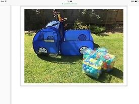 Rare pop up truck play tent & ball pit with lots of play balls