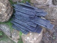 Off cuts of slate, different sizes.