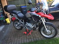 BMW 1200 GS with Heed Bars, BMW Pannier Boxes.