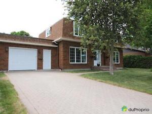 359 000$ - Maison 2 étages à vendre à Gatineau Gatineau Ottawa / Gatineau Area image 2