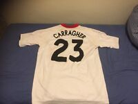 Liverpool Carragher- medium, Liverpool Kuyt- medium, England large Scholes