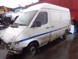 BREAKING MERCEDES SPRINTER 311 2.2 CDI - ALL SPARES AVAILABLE - ENGINE? GEARBOX? WHEEL? TYRE? LOCK?