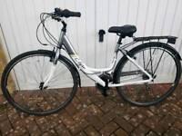 """Ladies Hybrid 18"""" Bicycle"""