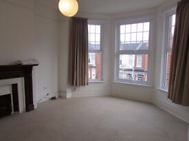 ***THREE DOUBLE BEDROOMS MUSWELL HILL £525 PW***
