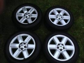 "19"" ORIGINAL L322 LAND ROVER DISCOVERI ALLOY WHEELS AND TYRES"