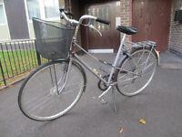 Sporty Dutch Batavus bike, nice bicycle with basket.