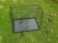 Sloping car dog crate