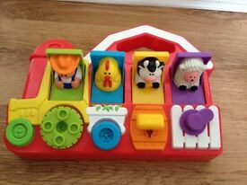 Fisher Price Pop Up Farm £2.50 HAROLD HILL