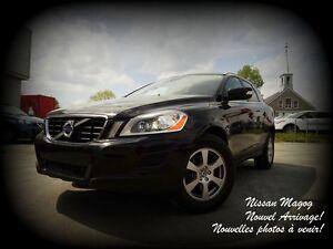 2012 Volvo XC60 3.2 Premier Plus + TOIT PANO + GARANTIE + AWD!!!