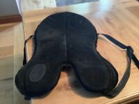 Black small seat saver for 16.5 saddle used