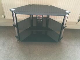 Tv stand in chrome and glass