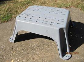 Caravan / Motorhome Large Plastic Step, Sturdy & Stable. New & Unused