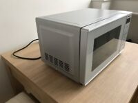 Microwave Panasonic - Oven - Silver - with a choice of 9 auto-programmes