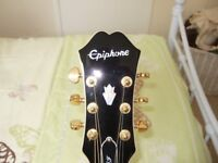 EPIPHONE EJ-200SCE/N GUITAR +CASE