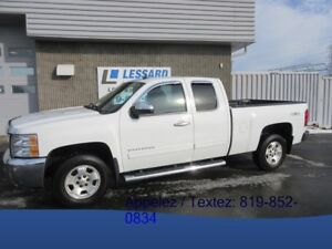 2012 CHEVROLET SILVERADO 1500 4WD EXTENDED CAB LT SUPERBE CAMION