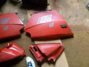 red side panels from a exciter 570