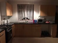 Welling DA16 (King Double Bedroom) to Let - Available Immediately (4 bedroom, 2 Living rooms)