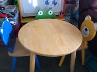 Kids' table with 3 chairs