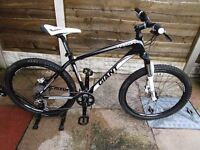 Giant talon 1 mountain bike only used once in as new condition 18 inch medium size.