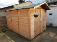 This is Nearly New 8/10; Garden shed bought 6 months ago for £680. A new paint tin comes with it.