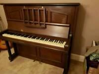 ** Upright Piano Squire & Longson **