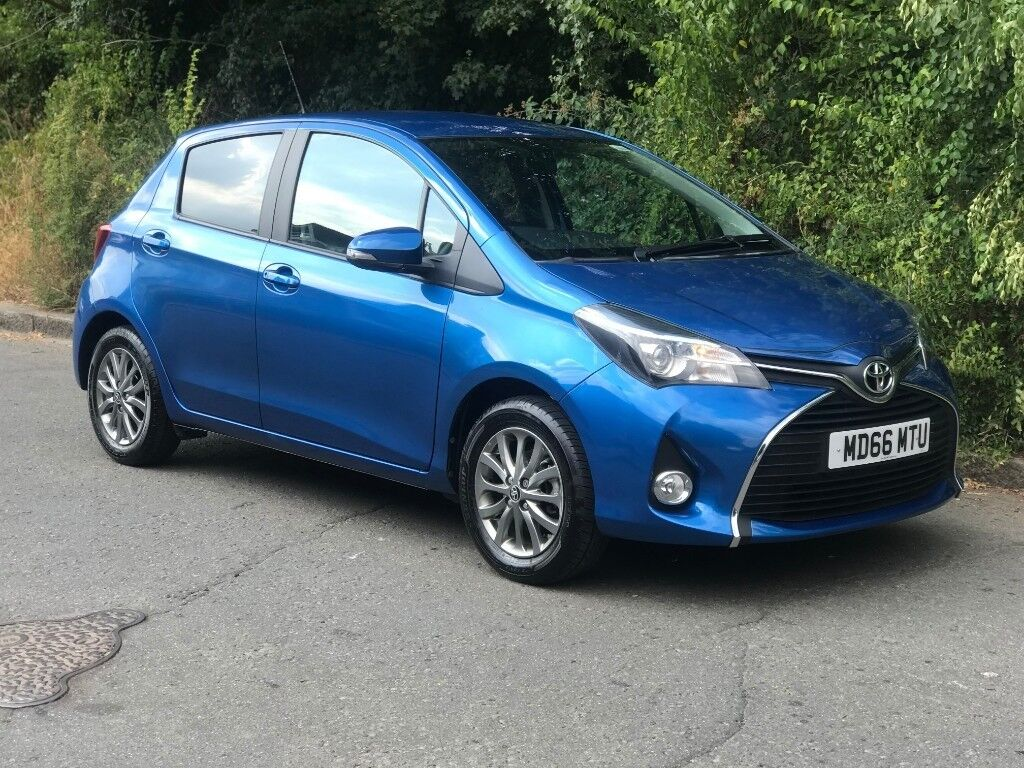 3k In Miles >> Toyota Yaris 1 3 Vvti Automatic 2017 3k Miles Auto In Manor Park