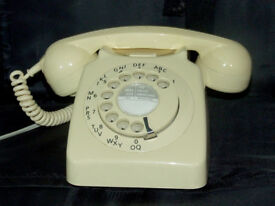 Vintage Telephone, 1970's Cream/Ivory BT Phone Works Perfectly Super Cool Retro Phone