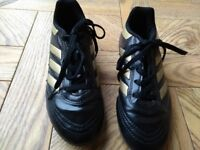 Football boots size Junior 13 Adidas, excellent condition