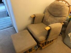 Rocking chair with stool, in great condition