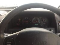 Jeep Grand Cherokee 4.7. LPG converted. Good condition. With 22 inch chrome alloys
