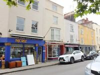 UNFURNISHED 2 DOUBLE BEDROOM MAISONETTE IN THE HEART OF CLIFTON.
