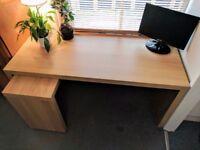 IKEA Malm desk in very good condition for sale