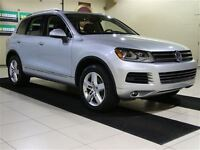 2012 Volkswagen Touareg VR6 LUX AWD CUIR TOIT NAV MAGS