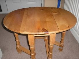Small Pine Folding Table