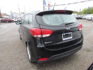 2014 Kia Rondo LX 7-Seater | SAT RADIO  | BLUETOOTH London Ontario image 5