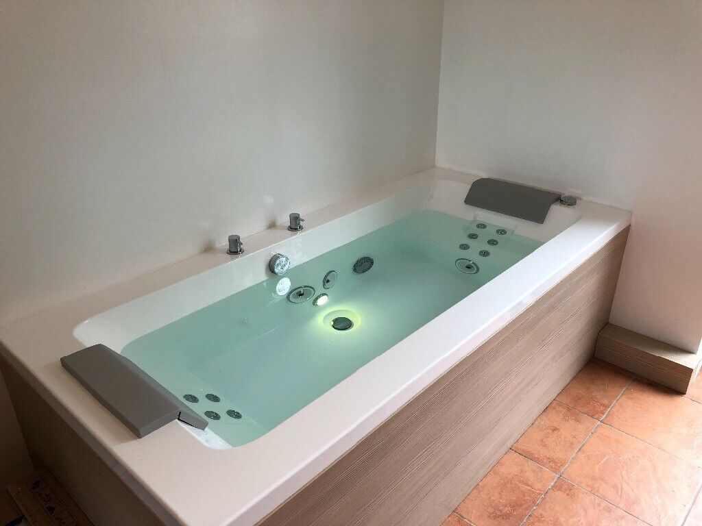Jacuzzi Sharp Double Whirlpool Bath 1900 x 900mm | in Exeter, Devon ...