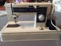 Toyota precision YM260 sewing machone