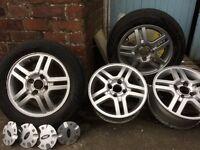 Focus alloy wheels