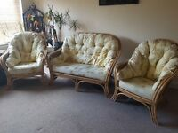 Wicker sofa & 2 chairs
