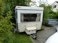 Esterel Folding caravan, 30 years old, shabby chic and much better than a tent