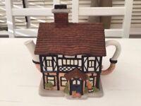 Teapot based on Ambridge Farm from the Archers