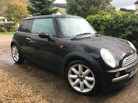 1.6 Mini Cooper great condition drives well cheap tax and insurance and good mileage