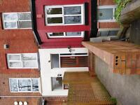 INVESMENT PROPERTY LARGE MIDD TERRACE IN 6+ SELF CONTAINED FLATS